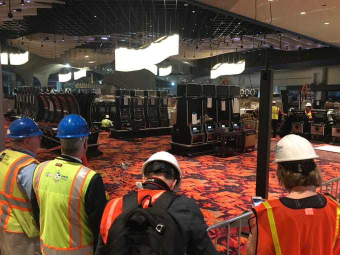 Much bigger Desert Diamond Casino near Glendale hiring 1,300 now for February opening